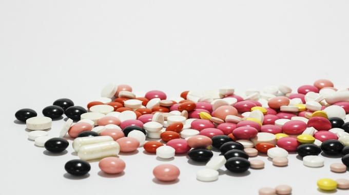 Prvá pomoc pri otrave liekmi u detí